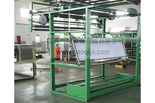 Cloth inspection type swing cloth unwinding machine